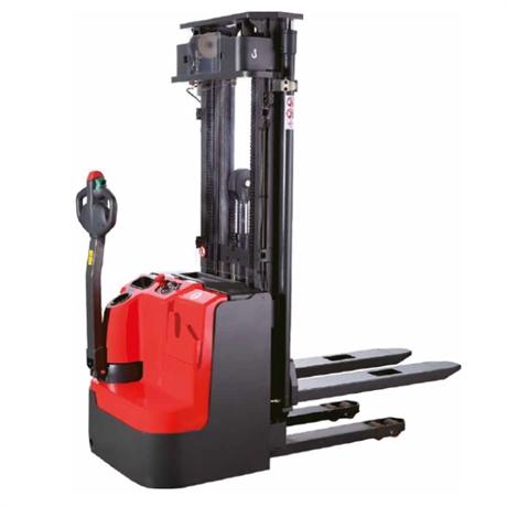 Gerbeur électrique à conducteur accompagnant 1200 kg